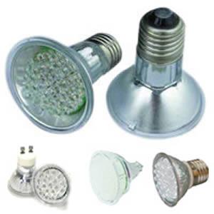 Schema Elettrico Lampada Led 220v : Le lampadine a led che non si spengono mai trucco per risolvere