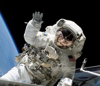http://vocearancio.ingdirect.it/wp-content/uploads/2010/06/astronauta1.jpg