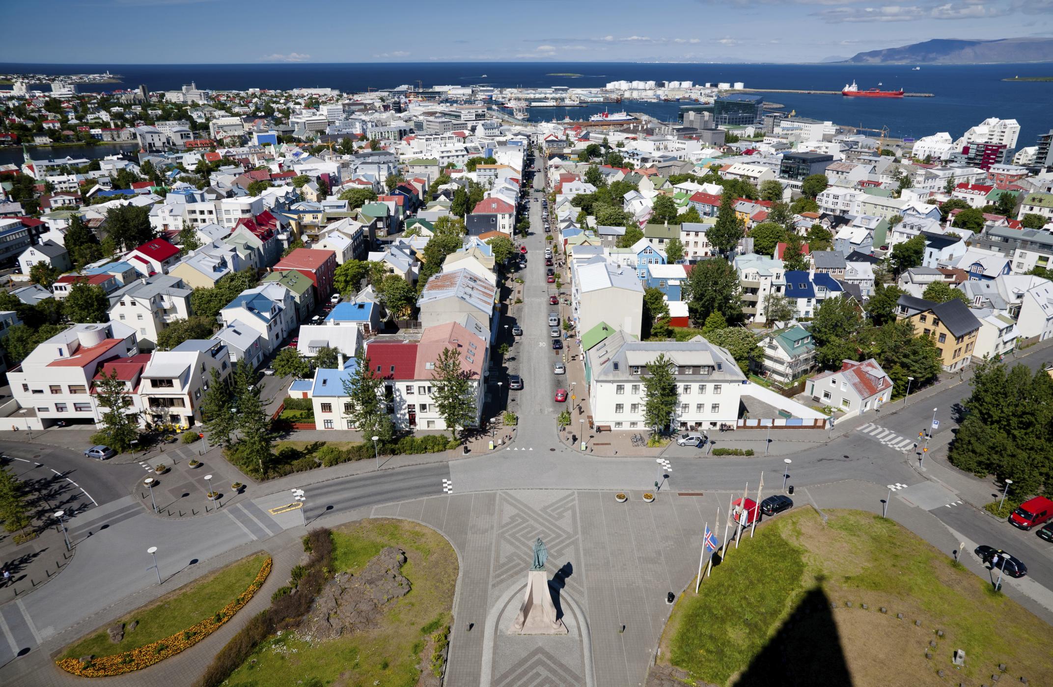 Reykjavik: La capitale islandese è quasi interamente alimentata da energie rinnovabili, di carattere fotovoltaico ed eolico