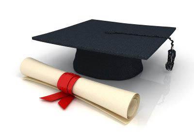 Gli anni di laurea, li riscatto oppure no?