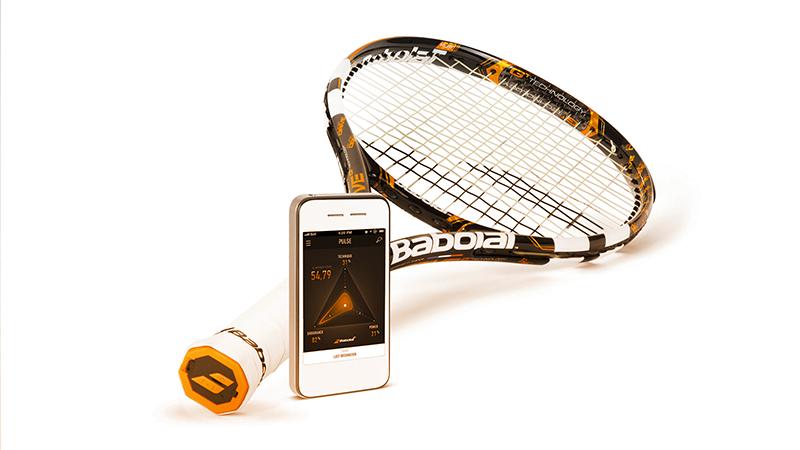 2. TENNIS. Informazioni dettagliate su allenamenti e performance in partita, con la possibilità di confrontarsi online anche con campioni come Nadal: ecco Babolat Play Pure Drive.