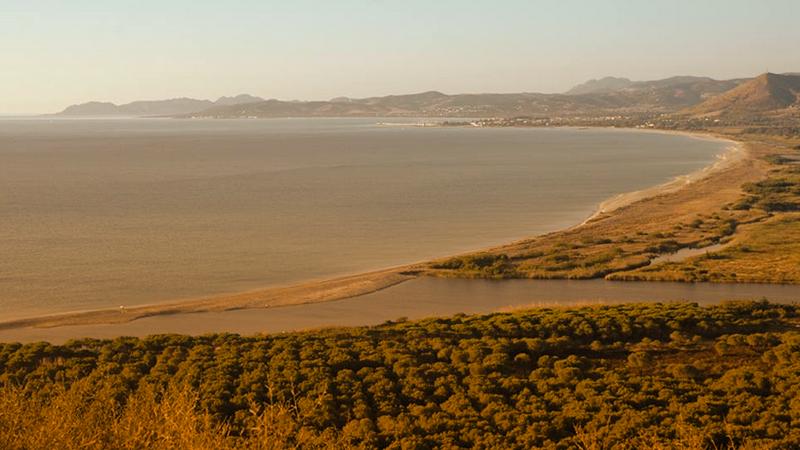3. Posada: senza rinunciare al turismo ha avviato un programma di rinaturalizzazione delle dune (Fonte immagine: corriere.it)