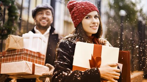 Come risparmi sui regali di Natale?