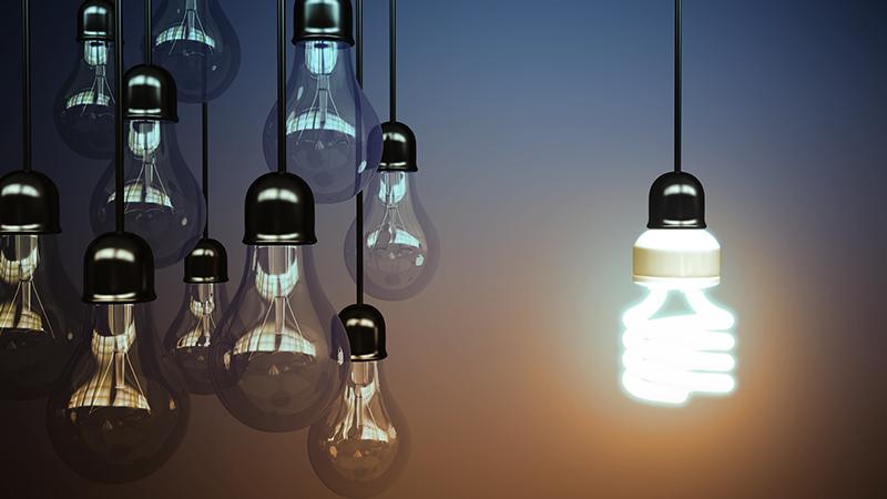 10 consigli per risparmiare sulla bolletta della luce