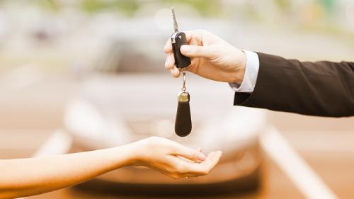 Passaggio di proprietà: come si fa e quanto costa