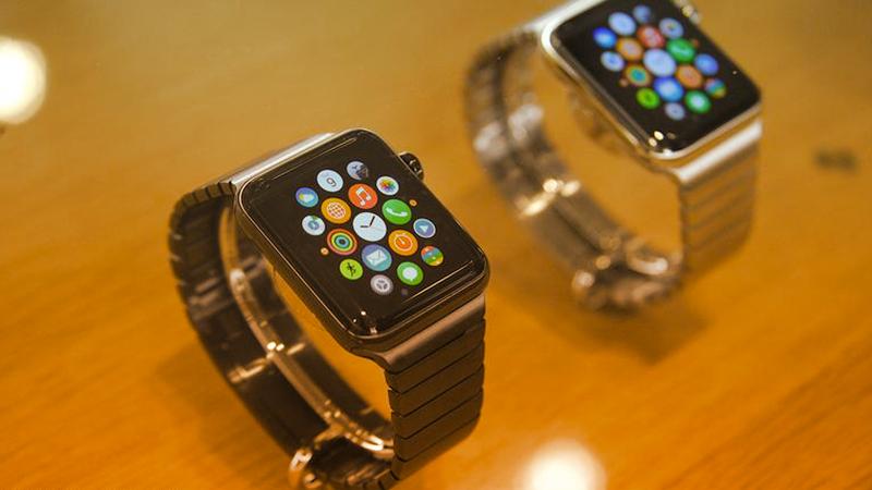 1. Apple Watch tra domotica e pagamenti