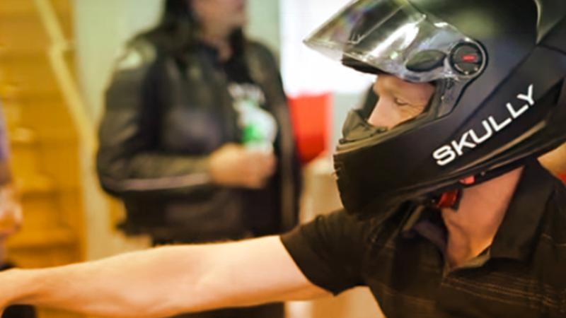5. Skully, il casco tecnologico per motociclisti