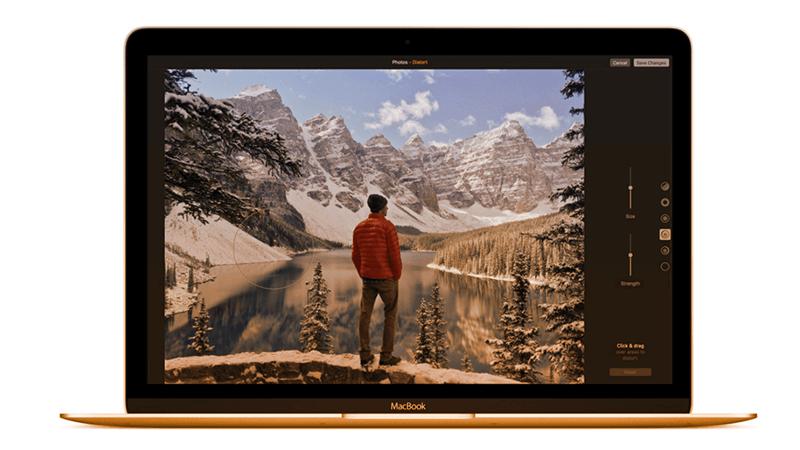 2. L'app Foto è stata ridisegnata e integra nuove funzionalità. Fonte: apple.com/it