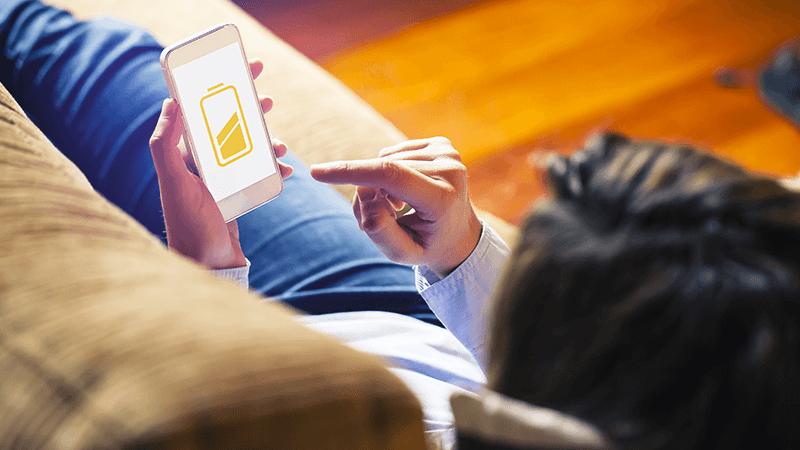 Batteria dello smartphone, quando sostituirla?