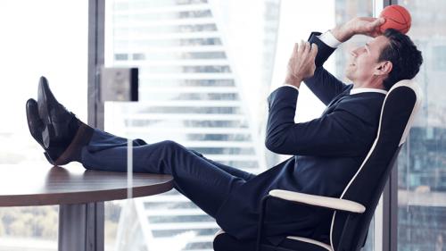 5 accessori per una scrivania ergonomica