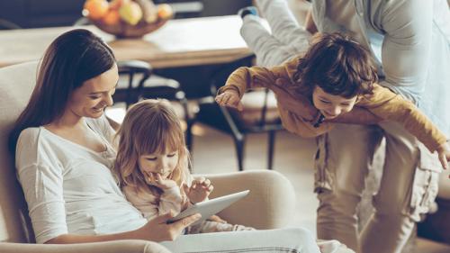 10 consigli per proteggere i bambini online