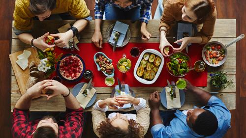 Social eating, cosa prevede la nuova legge