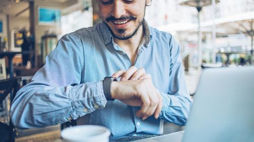 Strajob: la app che misura il tempo passato al lavoro