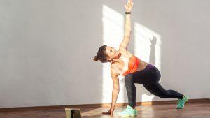 Yoga, 5 app per allenarvi a casa