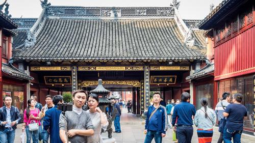 Cina, ancora crescita sotto il segno del Dragone
