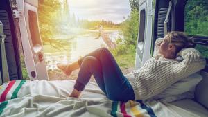 Camper e campeggi: la vacanza è libera, gli strumenti sono digitali