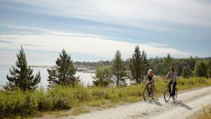 Cicloturismo, la vacanza ecologica e low cost è su due ruote