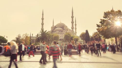 Turchia, crolla la lira e raddoppiano i dazi
