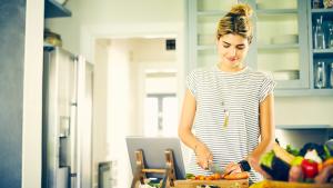"""Dalla """"schiscetta"""" alla cena, come mangiare meglio grazie alla tecnologia"""
