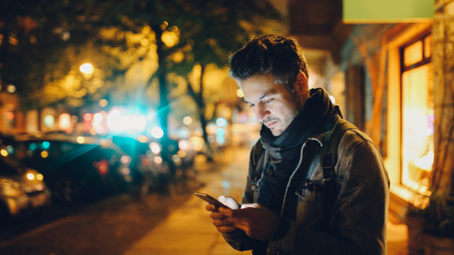 App salvavita: come usare lo smartphone per proteggerci e tranquillizzare i nostri cari