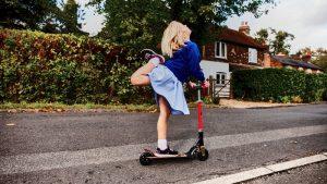 Micro-mobilità sostenibile: spostati con monopattini, hoverboard e non solo