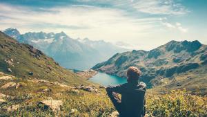 Grandi viaggi, piccolo impatto: come riuscirci