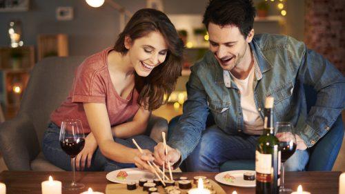 Sushi, sashimi e pesce crudo: le regole per evitare rischi e sanzioni