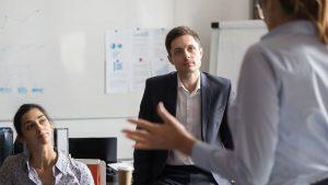 Lavoro: problemi col capo? Le strategie per reagire